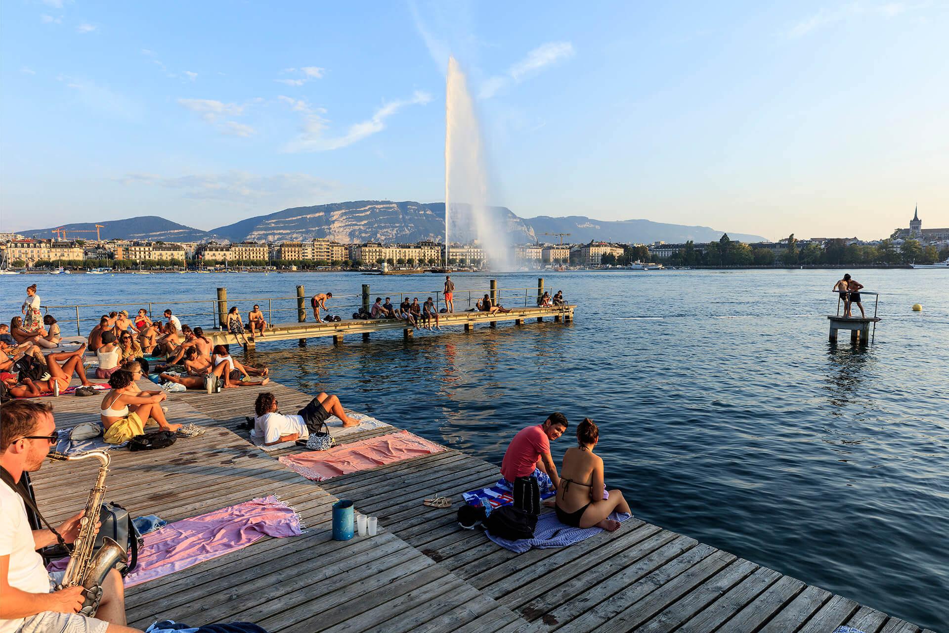 Le fleuve Rhône, Km 236 Canton de Genève, Genève, Les Bains des Paquis