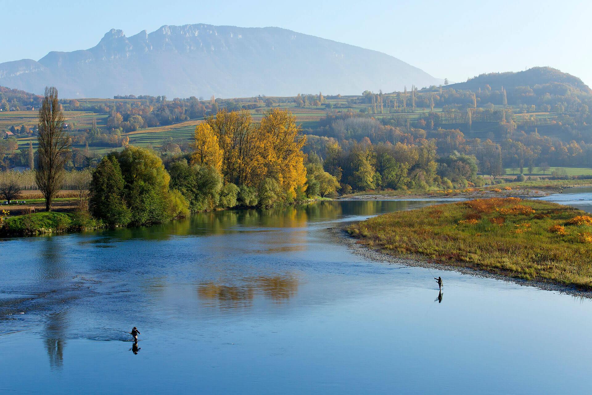 Le fleuve Rhône, Km 327 Savoie Lucey, Ain, Massignieu-de-Rives