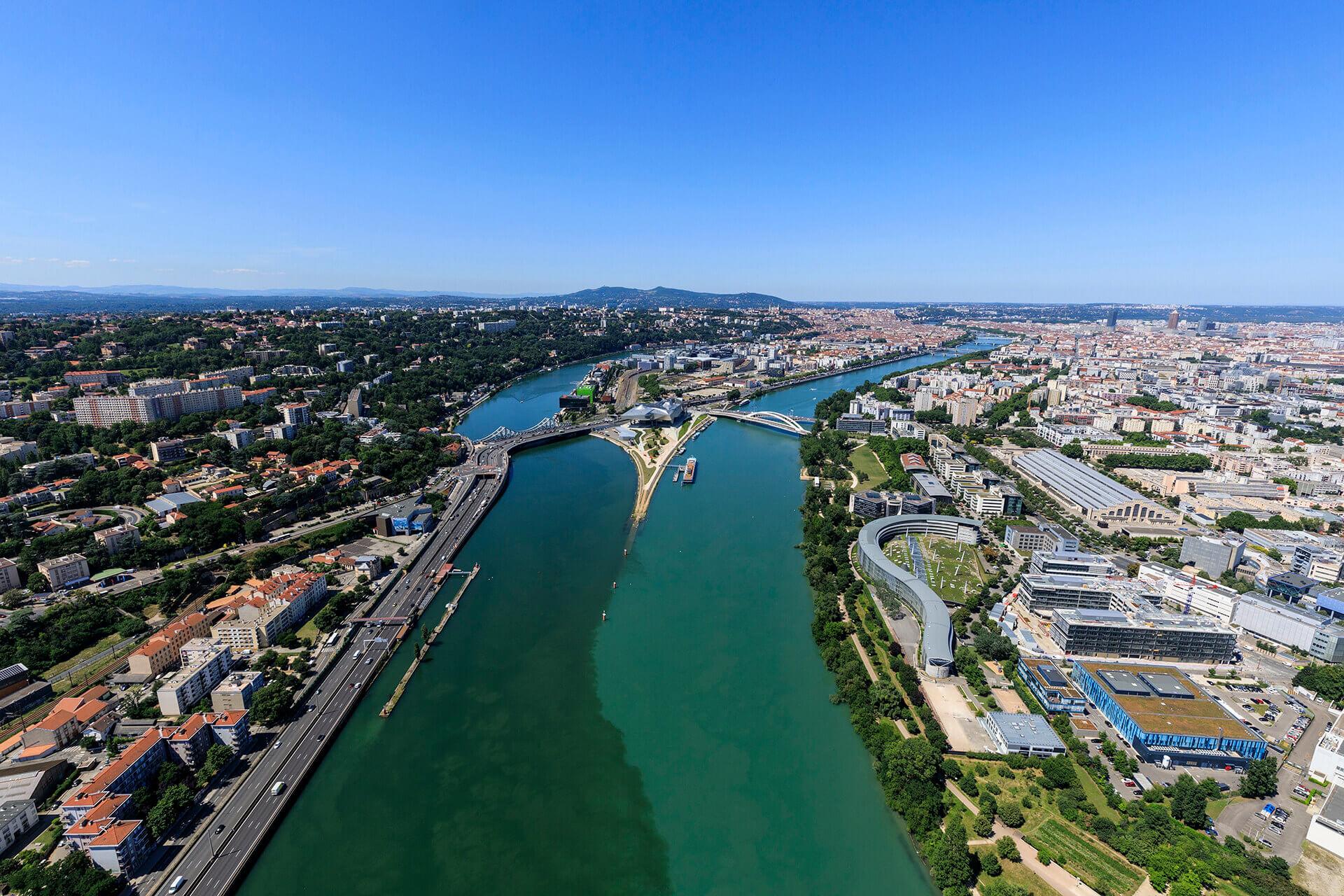 Le fleuve Rhône, Km 451 Rhône, Lyon, La Confluence