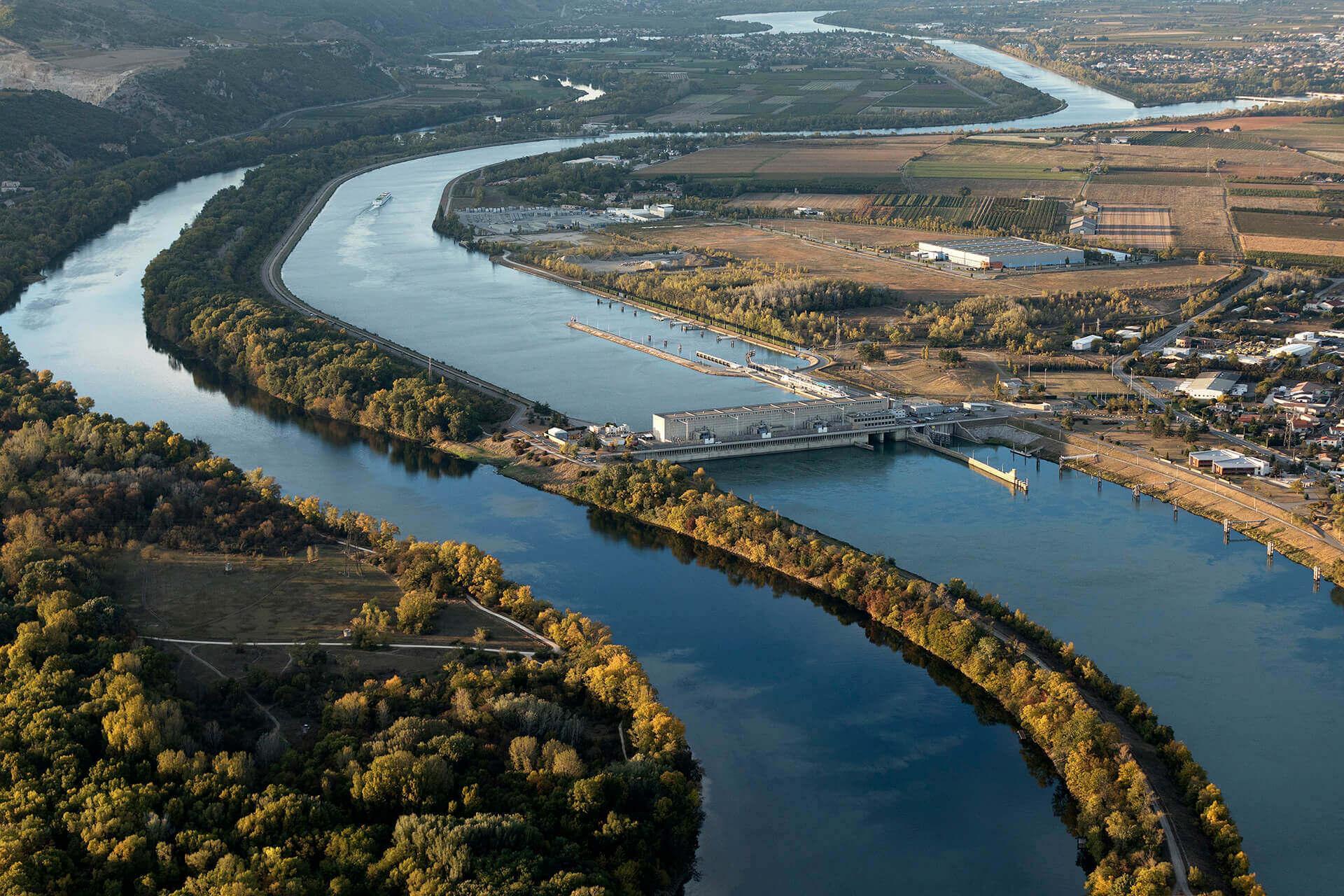 Le fleuve Rhône, Km 550 Ardèche Cornas, Drôme Bourg-lès-Valence